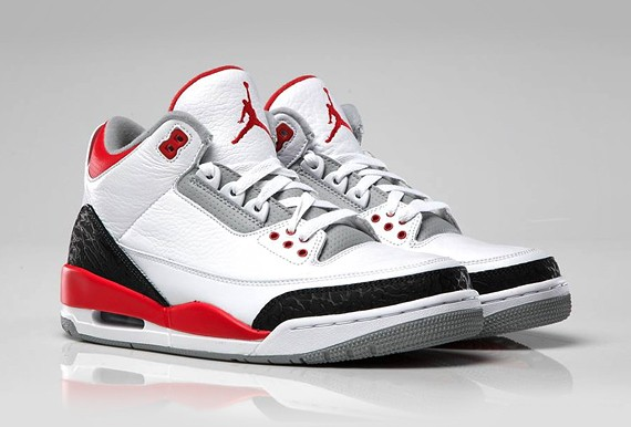 ZAPATILLAS NIKE AIR JORDAN III FIRE RED
